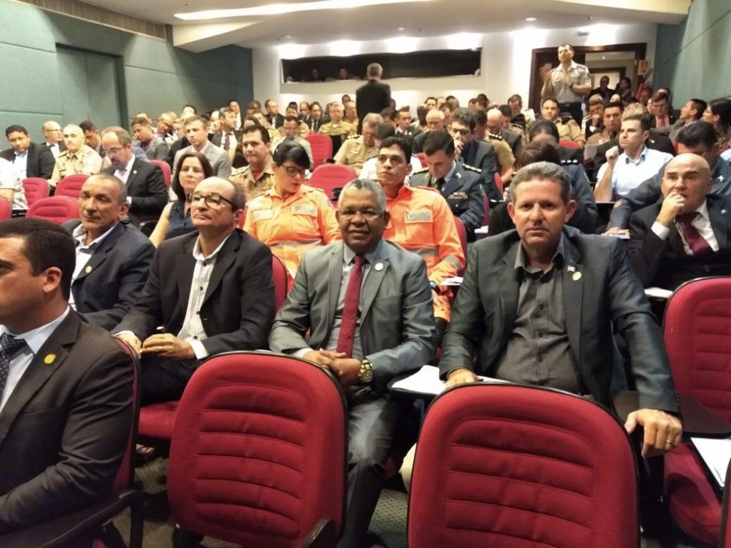 Assomal participa de reunião da Feneme para alinhamento da Lei Federal 13.954/19