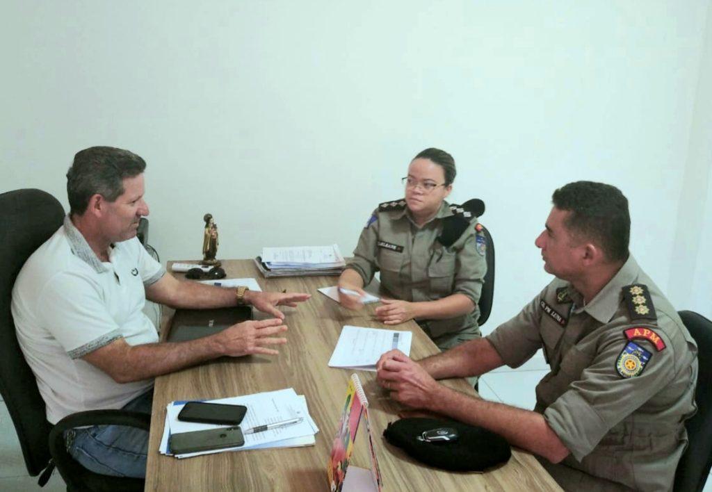 Diretoria Executiva e Social discutem planejamento anual de ações sociais da entidade